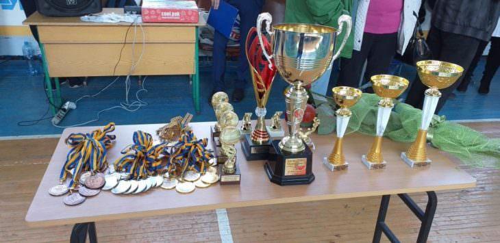 Сборная команда по баскетболу с Изюма победила в турнире