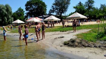 Бывший городской пляж стал намного комфортней для отдыха
