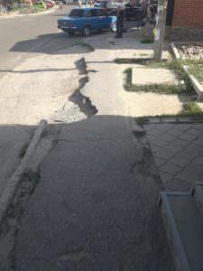 Возле ЖД рынка обустроят тротуары