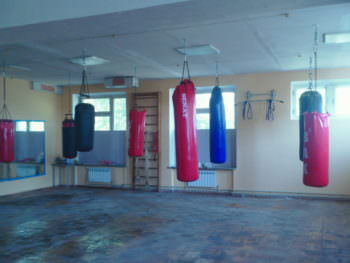 Сегодня Изюмские боксеры начнут уже тренироваться в обновленном спортзале