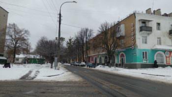 Дворников Изюма вышли на уборку улиц города