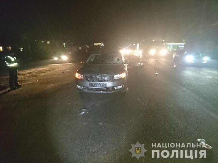 Молодой водитель сбил местную женщину, которая перебегала дорогу
