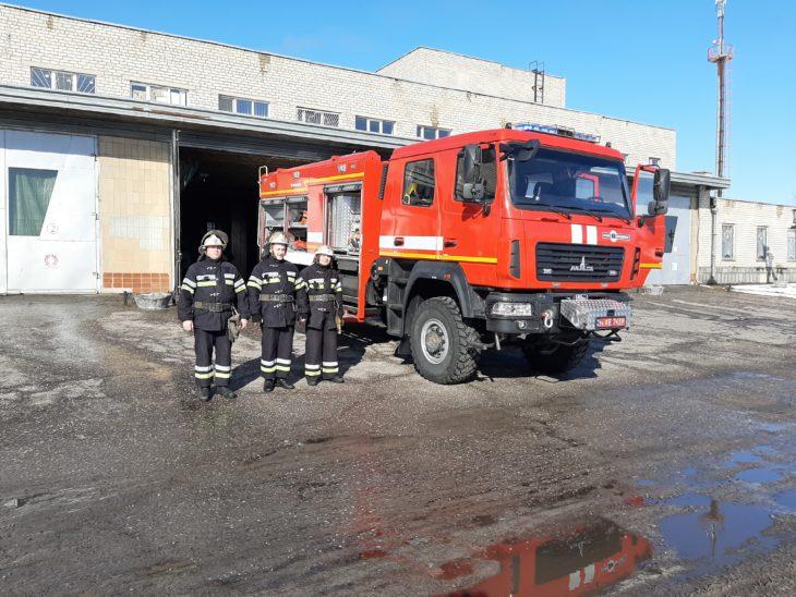 В Изюме появилась новая пожарная машина