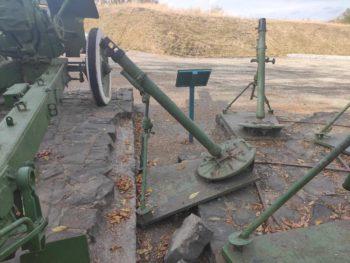 На горе Кремянец вандалы повредили памятник