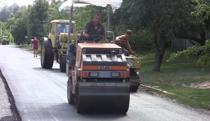 Дороге быть! В селе Довгеньке сделан капитальный ремонт центральной улицы