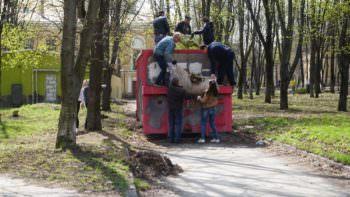 Как Изюмчани убирали свой город от мусора (субботник)