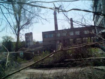 Бывший завод ИОМЗ исчезает на глазах