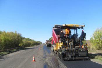 На дороге Сухой Яр - Попасное ведется текущий ремонт