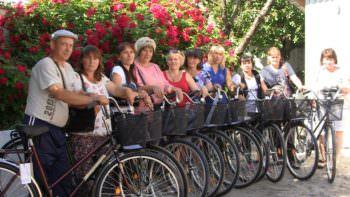 Социальным работникам Изюмского р-на закупили новые велосипеды