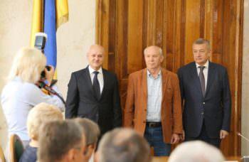 Работники Изюмского приборостроительного завода награждены отличиями ХОГА